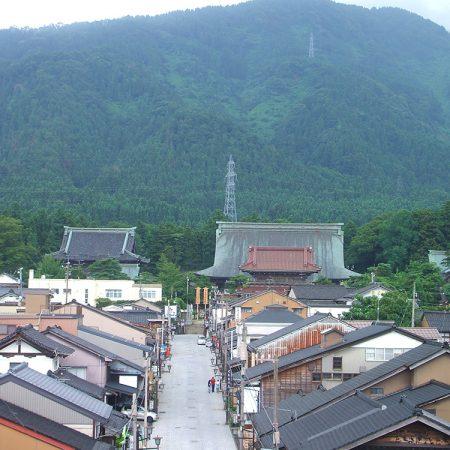 Yokamachidori Street