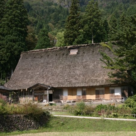 YUSUKE-The museum of Sericulture, Folk handicrafts and Photographs