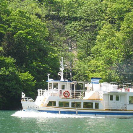 庄川峡 船の旅(庄川遊覧船)