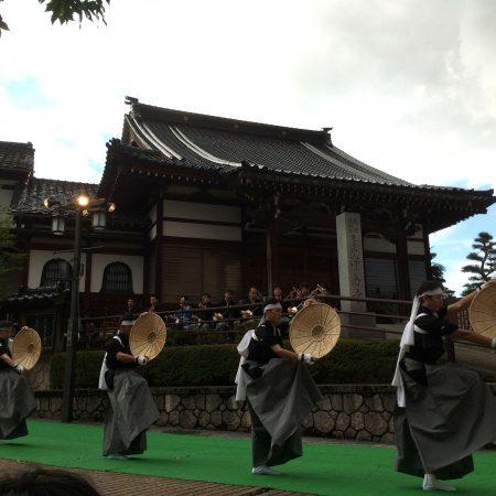 城端むぎや祭と世界遺産相倉合掌造り集落のライトアップ鑑賞ツアー